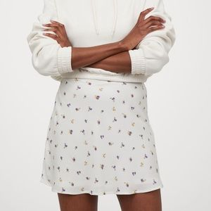 H&M Floral A-Line Skirt Size 14